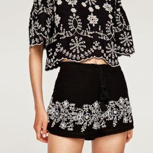 ZARA TRAFALUC Mini Shorts, Black Boho Stretchy, L